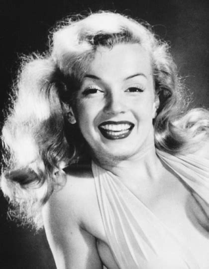 marilyn monroe long hair marilyn monroe s hairstyle