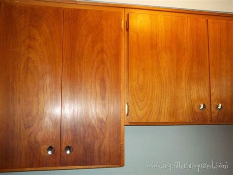 wood kitchen cabinets in the 1950s and 1960s quot unitized restoring mid century wood cabinets to clean and restore