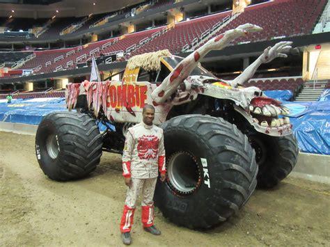 monster truck show cleveland cleveland s bari musawwir turns dream into monster jam