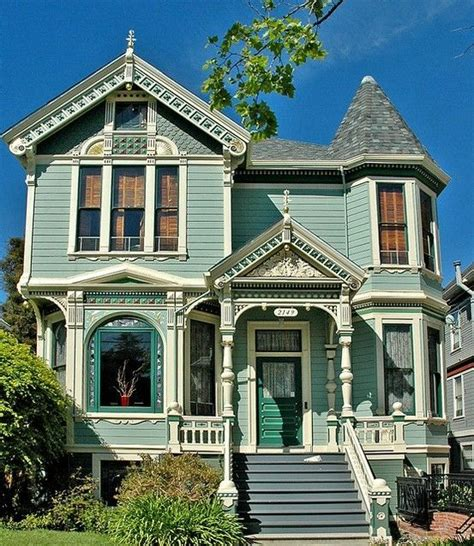 queen anne victorian homes a sweet little queen anne victorian in shades of green