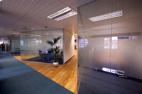 Partition Design making the most of small office spaces with glass