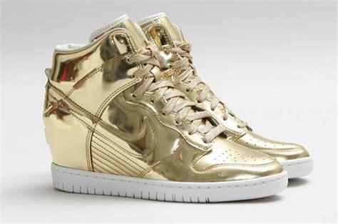 Sandal Wanita Era Wedges Brown Coklat gold shoes galore shoequeendom