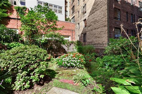 2 bedroom apartments nyc for sale coop sales nyc murray hill 2 bedroom apartment real estate sales nyc hotel