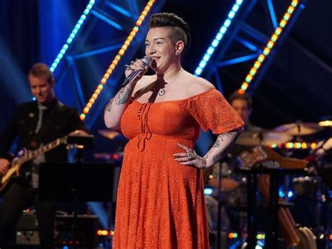American Idol Finalists Are Paid 921 A Week by Week On American Idol Continues With