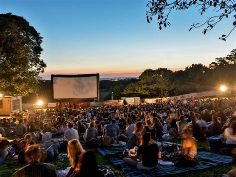 Open Air Cinema Botanical Gardens Sydney Moonlight Cinema Centennial Park In Sydney