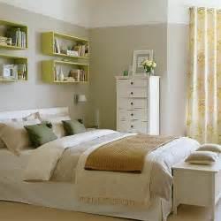 brown bedroom lime