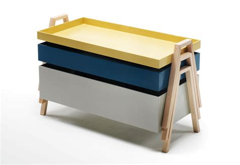 stacks hairstlye from the 90s stack table by living divani stylepark