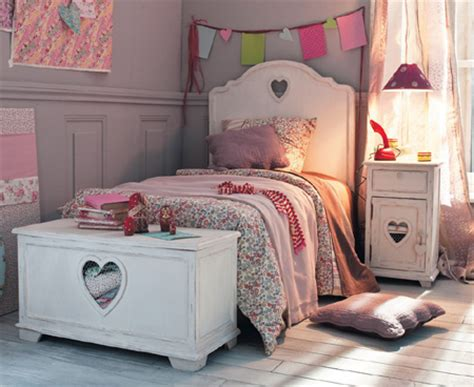 heart bedroom furniture home dzine bedrooms make this heart bed set