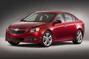 2014 chevrolet cruze front three quarters photo 7