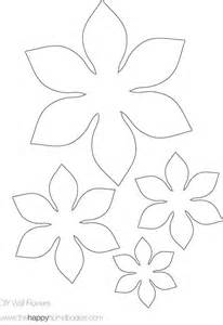 Easy Flower Template by 25 Best Ideas About Flower Template On Paper