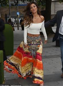 Nicole scherzinger sports flowing gypsy dress following loose women