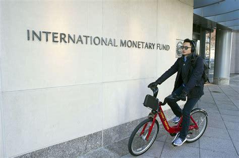 siege du fmi pour le fmi l effet va doper l 233 conomie am 233 ricaine