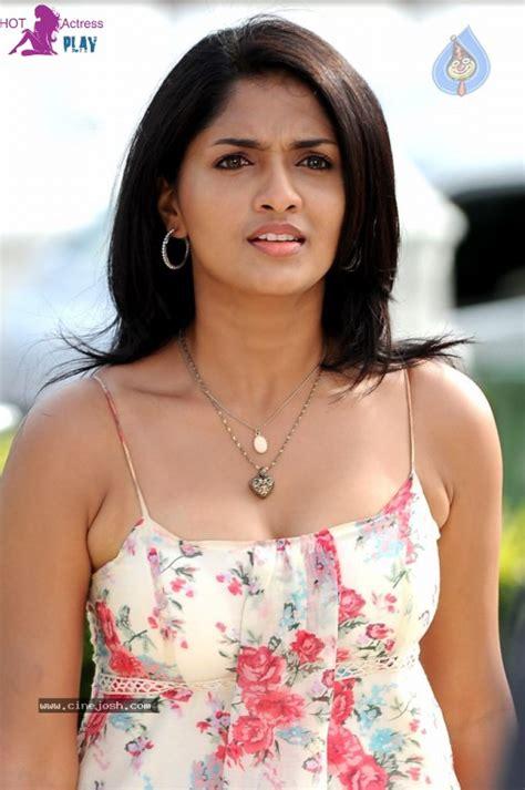 tamil hot actress wiki tamil actress sunaina hot photos bikini images gallery