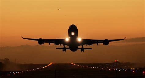 voli interni canarie voli per le canarie le compagnie e gli aeroporti dall italia