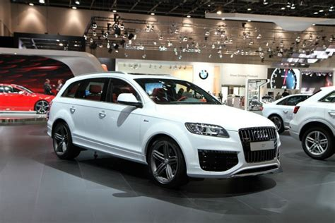 Bmw X5 Vs Audi Q7 by Audi Q7 Vs Bmw X5 Audi Q7 Vs Bmw X5 100 Ideas Compare Q7