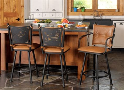 Kitchen Bar Chairs by Stools To Accentuate The Casual Kitchen And Dining