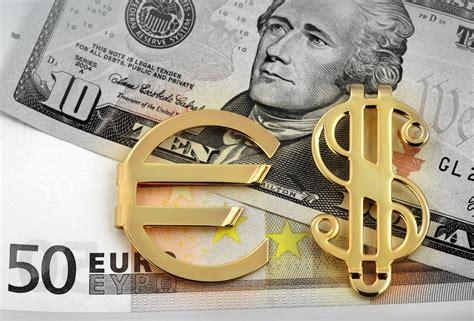 centrale europea cambi cambio dollaro influenzato dai verbali fomc e minute bce
