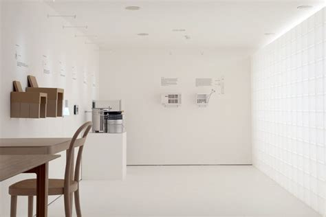 Used Kitchen Furniture product fitness 80 exhibition by muji london uk
