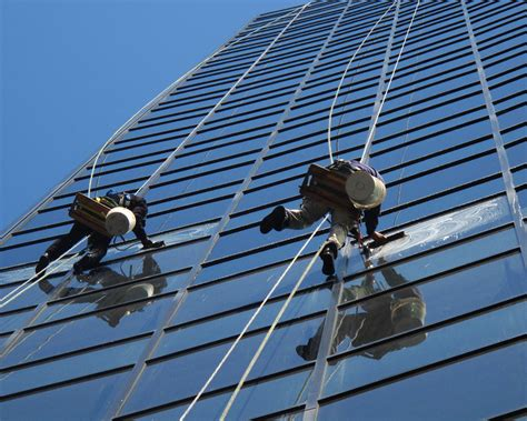 high rise window pros  commercial pressure washing