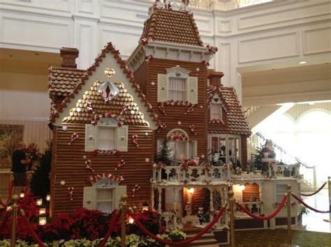 real gingerbread house real gingerbread house disneyworld ginger bread pinterest