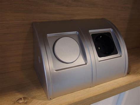 badkamerkastje met stopcontact badkamerkast met stopcontact led verlichting watt