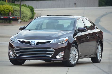 Toyota Avalon Hybrid 2014 Toyota Avalon Hybrid Review Toyota Reviews At Autotalk