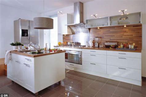 cuisine et blanc photos prix credence cuisine blanc et bois cr 233 dences cuisine