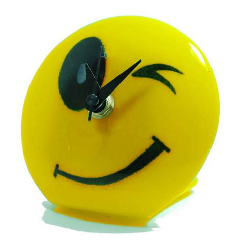wink smiley face cliparts co smiley face wink cliparts co