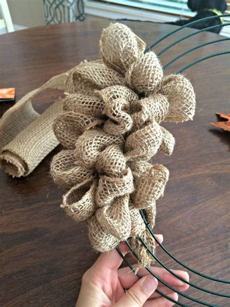 printable instructions to make a burlap wreath how to make a fall burlap bubble wreath pinterest how