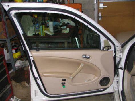 Fixmysaab Removing The Door Panel Repair Interior Door