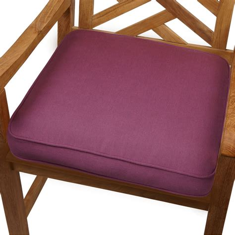 Purple Orchid Indoor/ Outdoor 19 inch Chair Cushion with