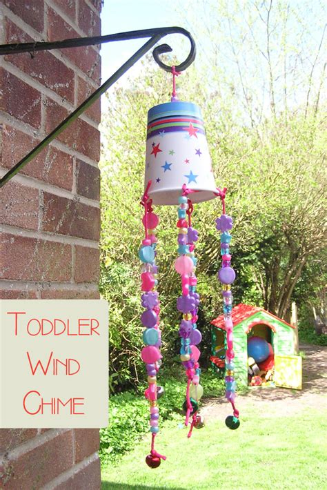 toddler diy crafts 40 simple diy projects for to make