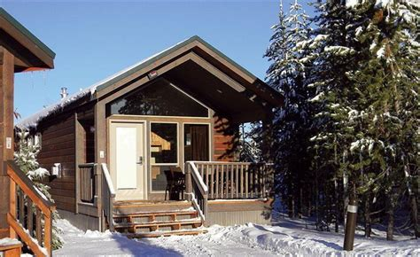 Explorer Cabin Yellowstone by Explorer Cabins At Yellowstone West Yellowstone Compare