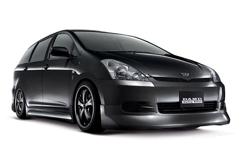 products of toyota company wish modelista toyota エアロパーツ ドレスアップのダムド damd inc