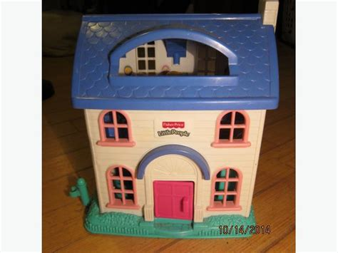 little people doll house fisher price little people dollhouse sooke victoria