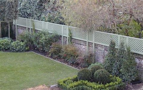 Trellis Fencing On Top Of Wall The Garden Trellis Company Could Be Cool To Do A Small