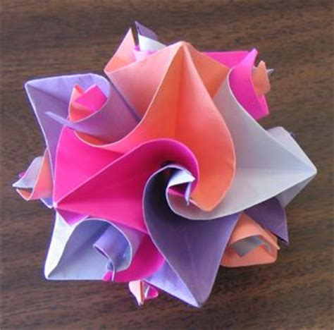 Cool Origami Flowers - folded paper origami creations pix o plenty