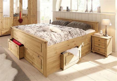 schlafzimmer holzbett schlafzimmer ideen und inspirationen