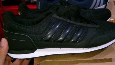 sepatu adidas neo v racer 2 tompelstore adidas neo city racer black