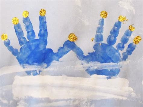 hanukkah arts and crafts for 8 crafts for each of hanukkah what to expect