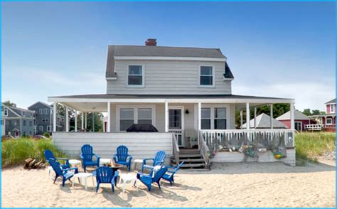 the beach house old orchard beach maine blue crab cottage beachfront cottage on the beach in old orchard beach maine
