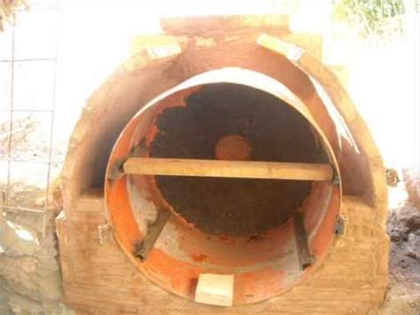 construccion de  horno de lena  barro   tambor de metal reciclado youtube