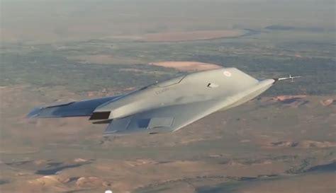 Drone Tempur inggris berhasil uji coba pesawat tanpa awak berita
