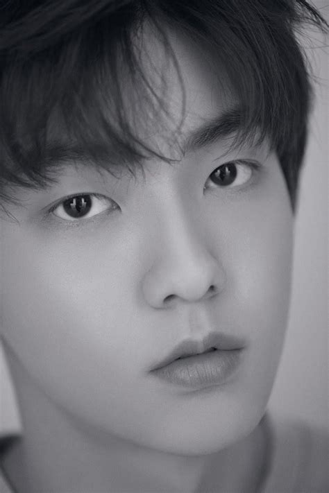 Fans Notice Something Eerie And Strange About TXT Photos ... .txt