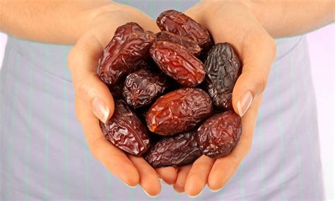 Or Date Dates Benefits 10 Reasons To Include This Fruit In Your Diet Your Health