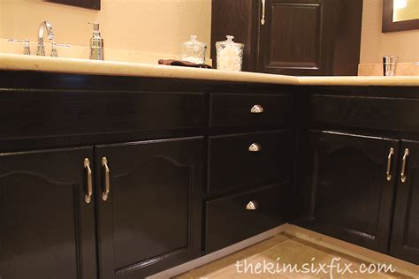 can you stain kitchen cabinets darker can i stain my kitchen cabinets darker