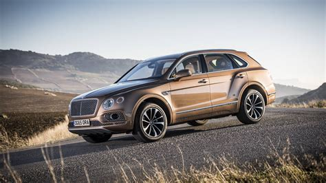 bentley suv 2018 bentley bentayga hybrid will debut at the geneva auto show