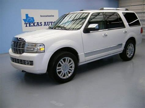 lincoln navigator 5 4 2011 auto images and specification find used we finance 2011 lincoln navigator 4x4 auto nav rcamera 2 tv s thx one owner in