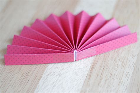 How To Make A Paper Fan - how to make a paper pinwheel