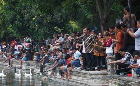 Joran Pancing Ikan Lele cara cepat mancing ikan lele terbukti raja umpan mancing 2018